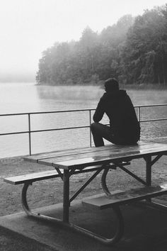 1000+ images about Lonely guy on Pinterest | Lonely, Rain ...