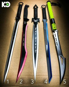 Which blade you choose Anime Weapons, Weapons Guns, Fantasy Weapons, Swords And Daggers, Knives And Swords, Cool Swords, Shuriken, Apocalypse Survival, Cool Knives
