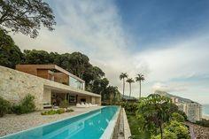 Rio de Janeiro infinity pool