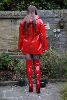 Rain Fashion, Fashion Tights, Thigh High Boots Heels, Stiletto Boots, Vinyl Clothing, Young Girl Fashion, Leder Outfits, Red Boots, Cosplay Outfits