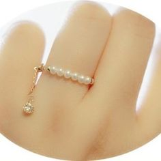 Antique Jewellery Designs, Antique Jewelry, Jewelry Design, Stylish Jewelry, Cute Jewelry, Jewelry Accessories, Fashion Rings, Fashion Jewelry, Women Jewelry