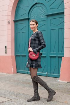 Outfit: 'Zara Mini Plaid Dress + Furla Club Bag' - Mood For Style - Fashion, Food, Beauty & Lifestyleblog