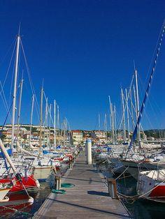 Port of Bandol Provence France, Paris France, French Riviera, San Francisco Skyline, Exploring, Scenery, Boat, Holidays, Chic