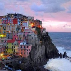This single photo makes me yearn to see Italy!