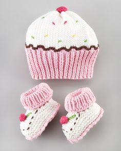 Cupcake+Hat+and+Bootie+Set+by+Art+Walk+at+Neiman+Marcus. Cupcake+Hat+and+Bootie+Set+by+Art+Walk+at+Neiman+Marcus.My future baby girl will think she is a cupcake! Art Walk Cupcake Hat and Bootie SetCupcake hat (forget the bootees!Such cute and fun hat and Baby Knitting Patterns, Baby Hats Knitting, Crochet Baby Hats, Knitting For Kids, Knit Or Crochet, Loom Knitting, Free Knitting, Knitting Projects, Crochet Projects