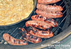 Nothing beats a good brat. I now have my favorite way to make beer brats and onions with this grilled beer brats in a beer hot tub recipe. Brats Recipes, Hot Dog Recipes, Barbecue Recipes, Grilling Recipes, Sausage Recipes, Yummy Recipes, Grilled Bratwurst, Beer Bratwurst, Beer Brats