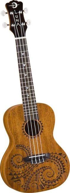Luna tatooed concert ukulele. My babe♥