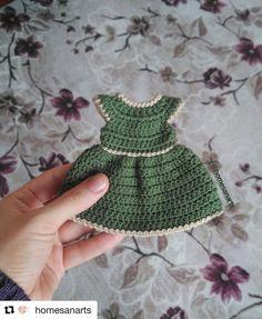 with ・ ・ ・ Hallo nochmal ich I Diesmal à . Crochet Bob, Crochet Chain, Crochet Amigurumi Free Patterns, Crochet Doll Pattern, Crochet Crafts, Crochet Projects, Baby Girl Crochet, Crochet Doll Clothes, Diy Doll