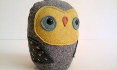handmade plush woodland owl Wilfred von sleepyking auf Etsy, $26,00