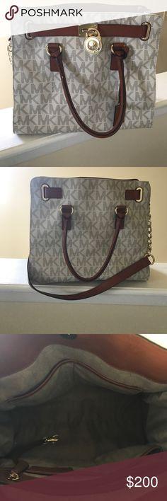 Michael Kors purse Cream and brown Michael Kors purse Michael Kors Bags Shoulder Bags