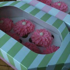 1/2 dozen cupcake box!