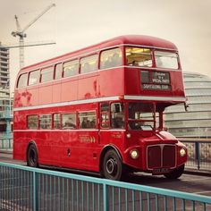 Brilliant Photos of London's Buses London Transport, Public Transport, Rt Bus, Bus City, Sightseeing Bus, Routemaster, Buses And Trains, Southwest Airlines, Double Decker Bus
