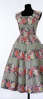 Create a Couture Inspired Dress. This dress pattern has been specially created for the Golden Age of Couture website. It is based on a ready to wear dress from the V collection and has been sized for modern day UK sizes 12 and Motif Vintage, Vintage Dress Patterns, Vintage Dresses, Vintage Outfits, Vintage Apron, Vintage Fabrics, 1920 Dresses, Vintage Style, Vintage Inspired
