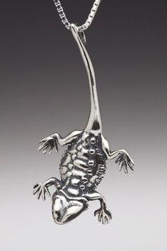 Lizard Necklace Bearded Dragon Necklace Silver by martymagic Bearded Dragon Habitat, Bearded Dragon Diet, Dragon Necklace, Dragon Jewelry, Reptiles, Lizards, Amphibians, Snakes, Dragon Ear Cuffs