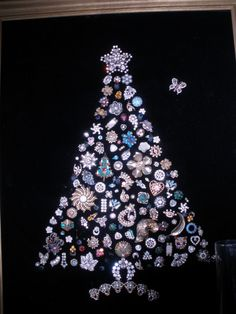 This is a guide about making a costume jewelry Christmas tree. Perhaps you have seen one of these at a craft show, but it was too costly. You can make your own Christmas tree wall hanging, using your old costume jewelry or pieces from yard sales and thrifty stores.
