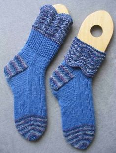 Completed pair of blue Old Shale Two Yarn socks