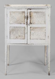 Southern Paint-Decorated Pie Safe  attributed to Mecklenburg County, North Carolina, 19th c