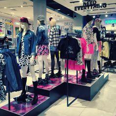 Forever 21, Visual merchandising