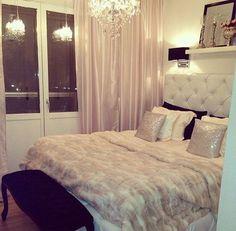 25 Beauty Chanel Bedroom Ideas and Furnitures - fancydecors Glam Bedroom, Home Bedroom, Bedroom Decor, Chanel Bedroom, Bedroom Ideas, Master Bedroom, Decorating Bedrooms, Pretty Bedroom, Bedroom Romantic