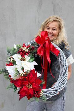 Christmas Diy, Christmas Wreaths, Christmas Decorations, Xmas, Holiday Decor, Tis The Season, Holidays And Events, Grapevine Wreath, Advent