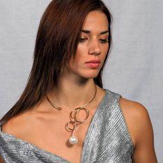 Μεταλικό χρυσό κολιέ με πέρλα Stainless Steel Necklace