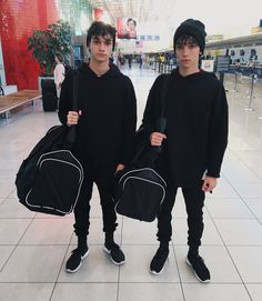 Twinning at the Airport