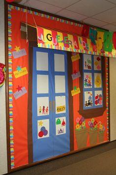 Forest Glen Hispanic Festival Bulletin Boards - 2007 Hallway Bulletin Boards, Classroom Door, Classroom Ideas, School Hallway Decorations, Hallway Decorating, School Hallways, School Doors, School Hacks, School Tips