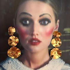 "103 Likes, 3 Comments - Lina Hernandez Jewelry (@linahernandezjewelry) on Instagram: ""Triple Poppy Earrings ⚡️ #juegosdehotel #magazine #miami #linahernandezjewelry Foto: Christian…"""