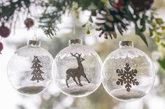Set de 3 globuri de sticla cu accesoriu din pluta Bradut/Fulg/Ren, marca Edelman, cu diametrul de 8 cm Edelman Set of 3 Chritsmas baubles with cork accesory - Christmas tree, reindeer, snowflake- diameter 8 cm Frosted Glass, Reindeer, Cork, Snowflakes, Christmas Bulbs, Holiday Decor, Home Decor, Etched Glass, Decoration Home