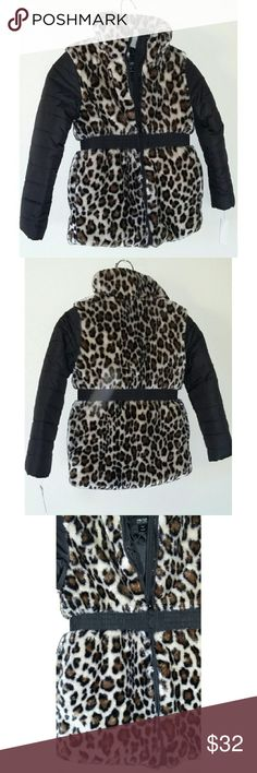 Leopard Print Girls Jacket Leopard Print soft outside. Puffer jacket with vest like leopard print soft material on outside. Has elastic around waist. Zips up to neck area. Perfect winter jacket. Size 6 Holiday Eddition  Jackets & Coats Puffers
