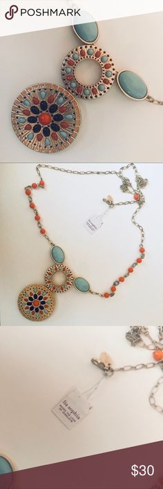 Lia Sophia Statement Necklace Never worn new necklace from Lia Sophia!! Extinct line of gorgeous upscale jewelry 💎✨ Lia Sophia Jewelry Necklaces