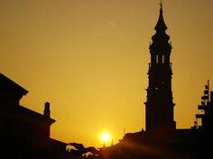 la Seo - así veia yo La Seo desde mi cocina en los años que viví en Zaragoza.... era un placer .....