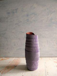 paper vase -by Djaliforyou