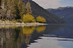 Lago Traful, Ruta 40, Neuquén. Patagonia. www.turismoruta40.com.ar/villa-traful.html