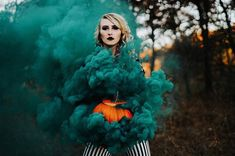 halloween photography What pumpkin (: trin. Halloween Tags, Halloween Fotos, Halloween Pictures, Halloween 2019, Halloween Photography, Autumn Photography, Photography Photos, Photography Classes, Nikon Photography