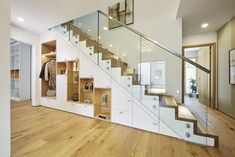 Musterhaus in Fellbach The Effective Pictures We Offer You About modern Entrance A quality picture can tell you many things. Modern Entrance, House Entrance, Entrance Halls, Indoor Railing, Staircase Storage, Stairway Decorating, Modern Staircase, Loft Design, Model Homes
