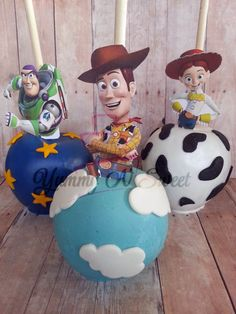 Toy Story Inspired Chocolate covered Candy apples por YummyNSweet Bolo Toy Story, Toy Story Baby, Toy Story Theme, Toy Story Cakes, Toy Story Birthday, Chocolate Covered Apples, Caramel Apples, Cakepops, Festa Toy Store