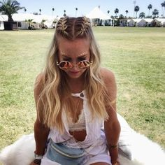 33 Cool Braids Festival Hairstyles - Nouvelles coiffures pour femmes - 33 coiffures cool festival tresses # coiffures You are in the right place about d - Box Braids Hairstyles, Festival Hairstyles, Concert Hairstyles, Rock Hairstyles, Half Braided Hairstyles, Coachella Hairstyle, Hairstyles Haircuts, Trendy Hairstyles, Beach Hairstyles