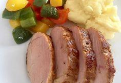 Szuvidált szűzpecsenye   NOSALTY Hungarian Recipes, Hungarian Food, Sous Vide, Atkins, Meat Recipes, Baked Potato, Tapas, Sausage, Bacon