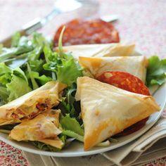 Découvrez la recette Feuilletés à la feta et au chorizo sur cuisineactuelle.fr.