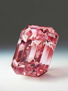 The Argyle Toki, from the Argyle Pink Diamonds Tender is a emerald cut Fancy Intense Purplish Pink diamond, named after the Toki, a rare Japanese bird with delicate pink underwings. Pink Gemstones, Minerals And Gemstones, Crystals Minerals, Rocks And Minerals, Stones And Crystals, Gem Stones, Argyle Pink Diamonds, Colored Diamonds, Argyle Diamond
