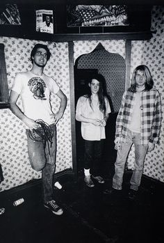 Nirvana, Hollywood, February 15, 1990. Kurt Cobain with Chad Channing and Krist Novoselic.