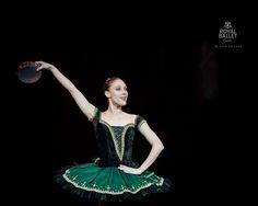 color combo ballet esmeralda - Google Search