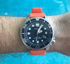 What are your favorite dive watches under $300? - Page 4