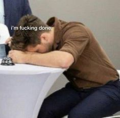 One Direction Harry, One Direction Humor, One Direction Pictures, Funny Reaction Pictures, Funny Pictures, Harry Styles Memes, Response Memes, Funny Memes, Jokes