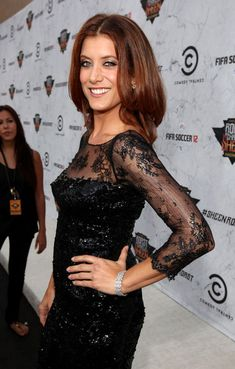 Kate Walsh: Charlie Sheen Roast for Comedy Central!: Photo Kate Walsh arrives at Comedy Central's Roast of Charlie Sheen, held at Sony Studios on Saturday (September in Los Angeles. The Private Practice… Addison Montgomery, Erin Walsh, Kate Walsh, Charlie Sheen, Derek Shepherd, Grey's Anatomy, Comedy Central, Cut Her Hair, Hair Cuts
