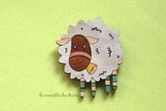 Wooden sheep brooch farm animal jewelry white by lacravatteduchien