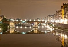 Walks of Italy   Welcome to Florence - Twilight City Stroll with Wine