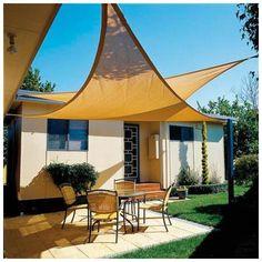 Vela Sombra Jardin Triangular 5x5x5 metros Beige