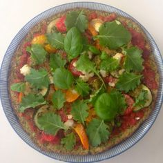 Very low carb, very delicious and very induction friendly broccoli crust pizza. The Vegetarian Atkins diary : Broccoli crust pizza